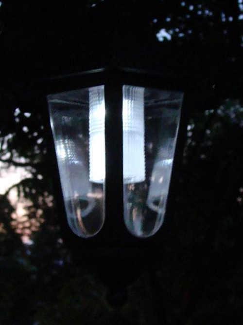 LED lampa na zahradu