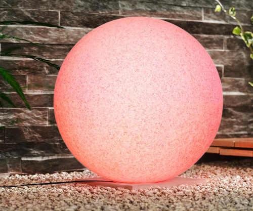 Růžová kulatá lampička na zahradu