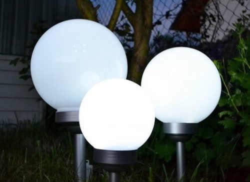 Solární zahradní led osvětlení se spínačem po setmění