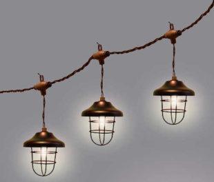 Zahradní girlanda ze svítících LED lampiček