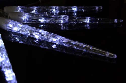 Vánoční řetěz svítící rampouchy s blikající funkcí