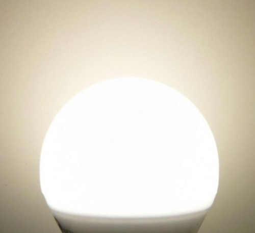 moderní led žárovka E27