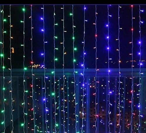 Barevný LED světelný řetěz
